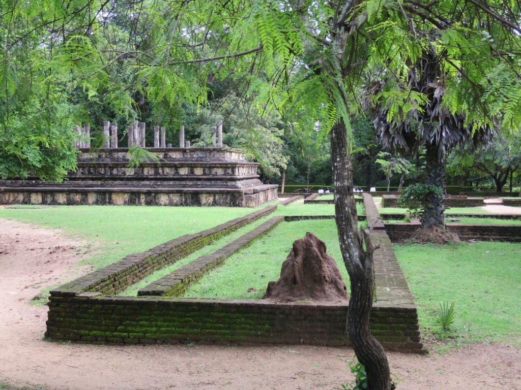 Die königliche Ratshalle -Rajavesya Bhujanga