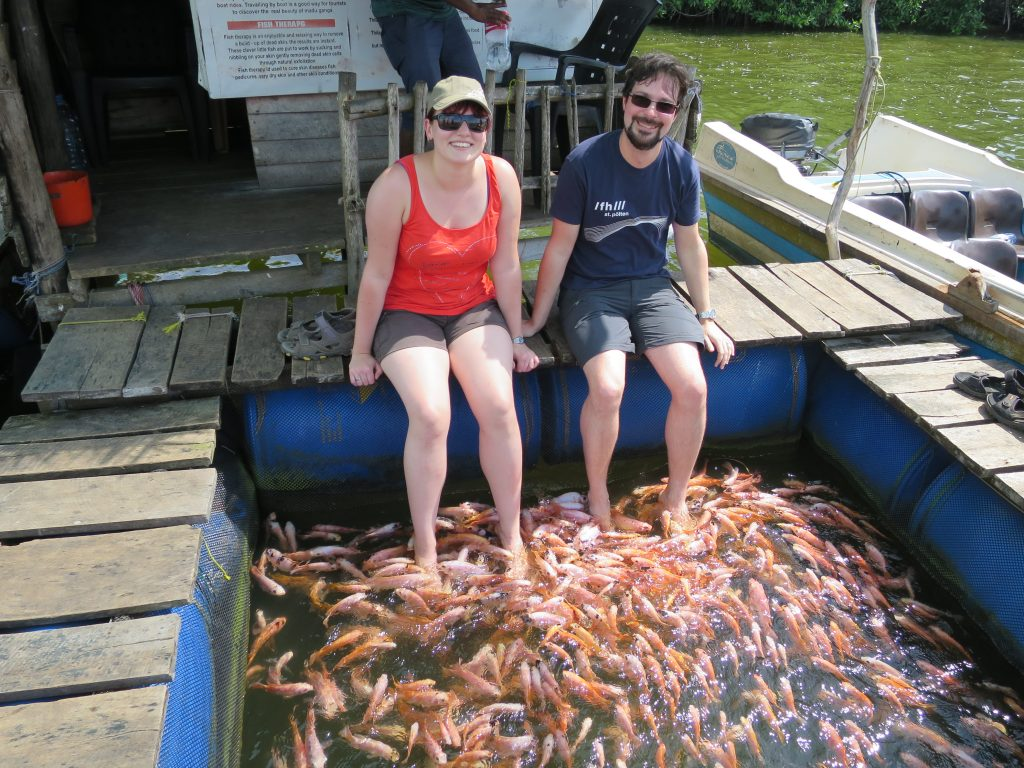 Unser Vorschlag wäre, die Fischtherapie in eine Lachtherapie umzunennen