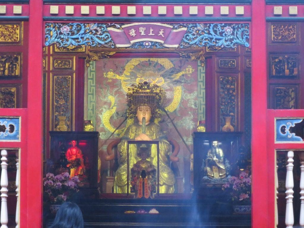 Der Schrein der Matsu im rückwärtigen Bereich des Tempels