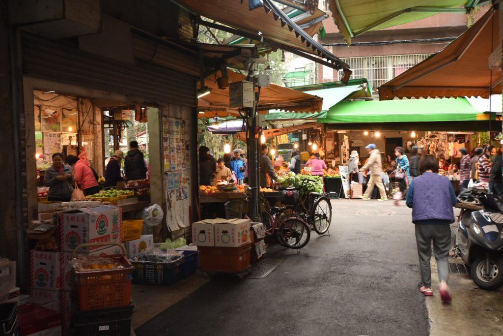 Das bunte Treiben am Dongmen Market